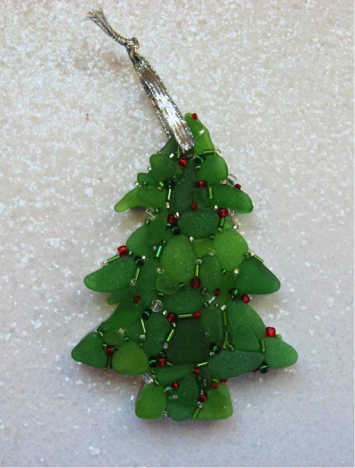 Top 10 Mosaic Christmas Trees Mozaico Mozaico Blog : Sea Glass Mosaic Christmas Tree from blog.mozaico.com size 728 x 959 png 1217kB