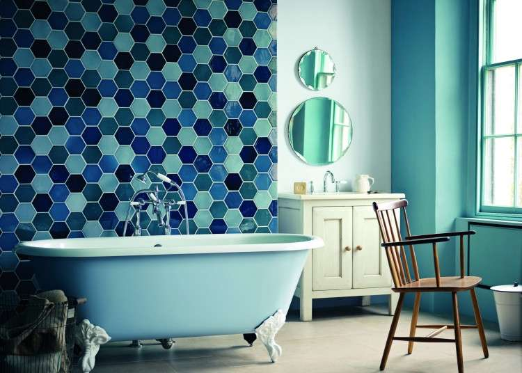 Bathroom paint colors for small bathrooms