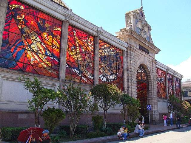 cosmovitral toluca mexico stained glass botanical garden 3