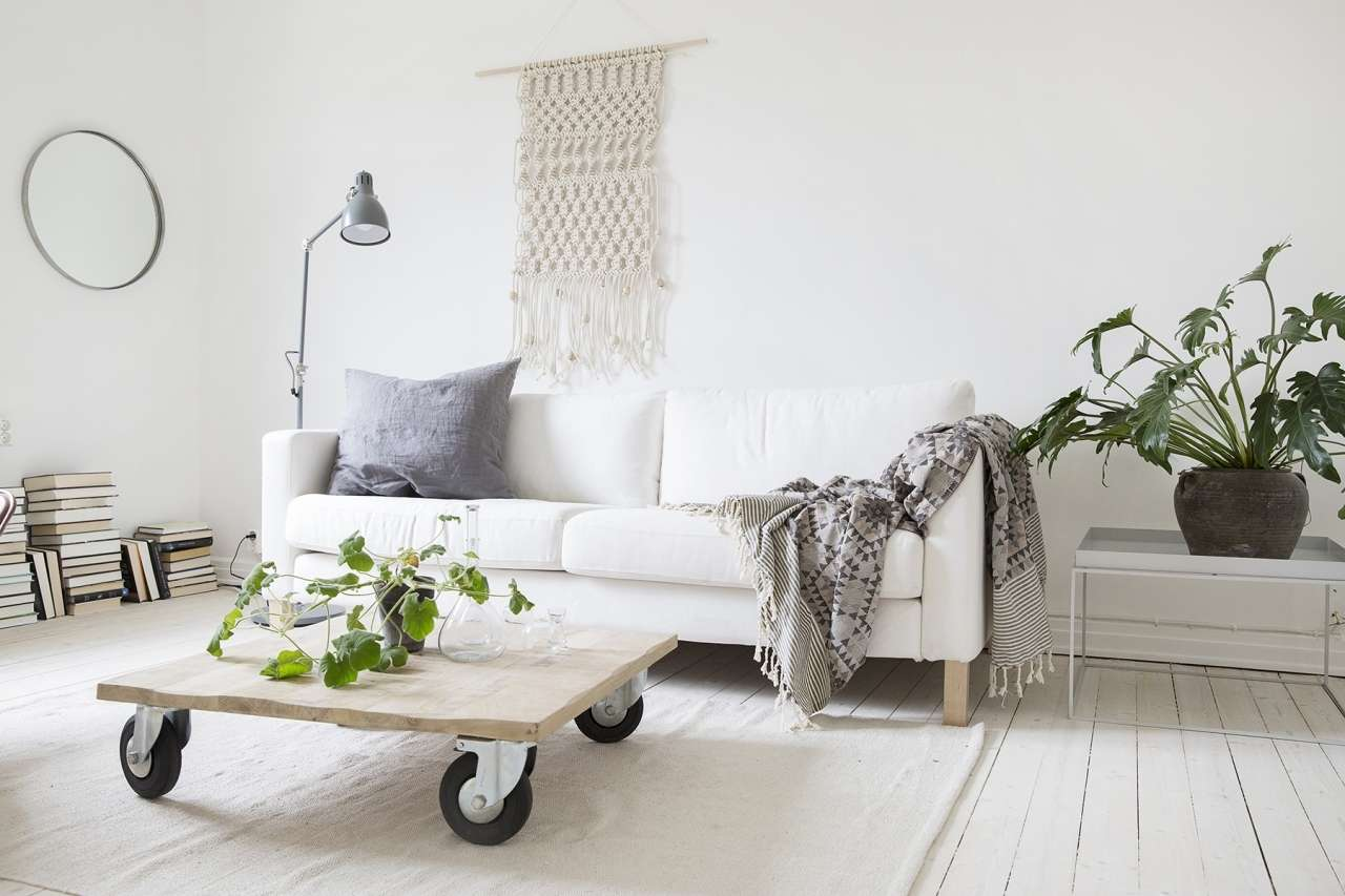 From drab to delightful zen color palette mozaico blog for Minimal living room decor