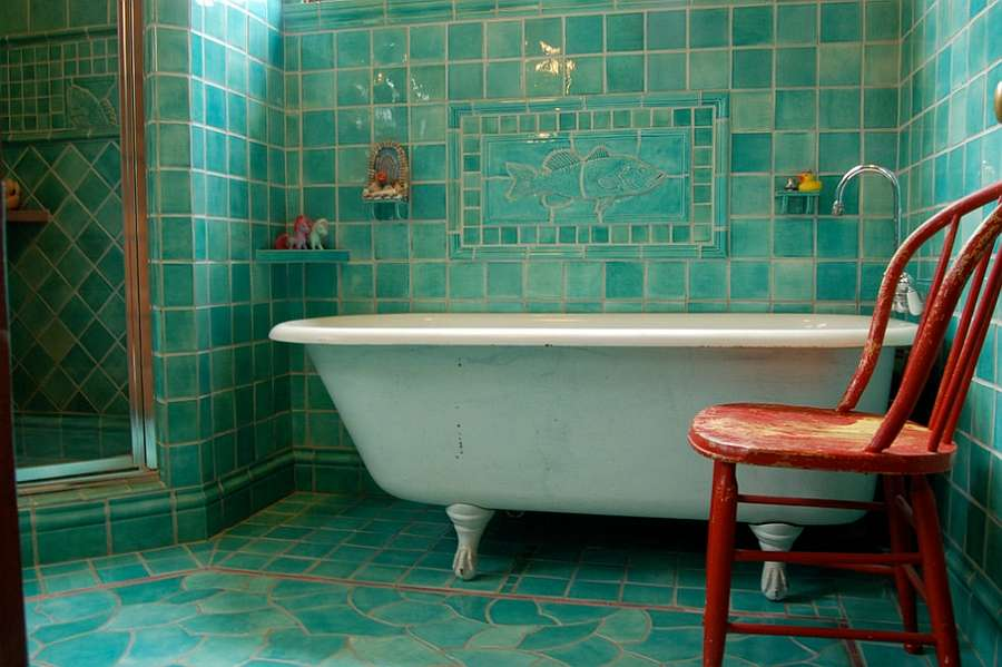 turquoise-and-orange-make-a-fun-combination-in-the-bathroom