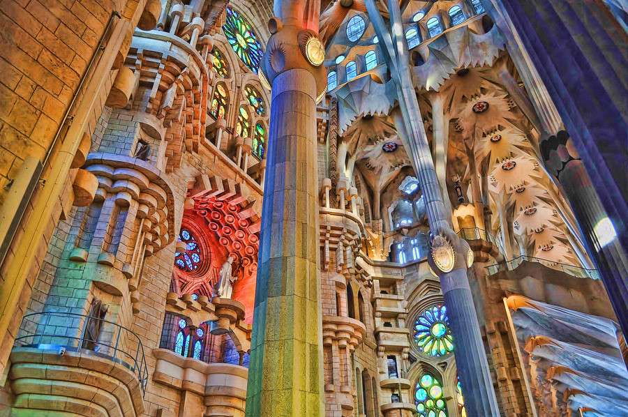 Inside-the-sagrada-familia