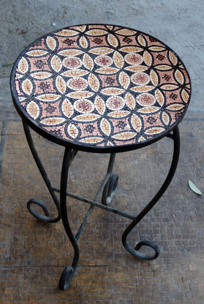 Floral Pattern Mosaic Table top